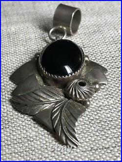 Navajo Sterling Onyx Leaves Pendant Signed Wl Old Pawn W L Handmade