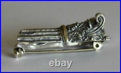 Top part of Corinthian order column Silver Brooch High Quality Item