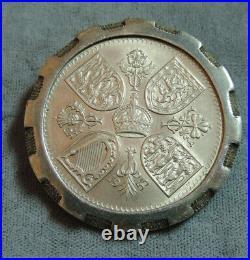 UK British 1953 Queen Elizabeth II Coronation 5 Shilling Coin Brooch Pin 1i 51