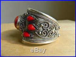Vintage Tibetan Red Coral Stone Bead Silver Bracelet