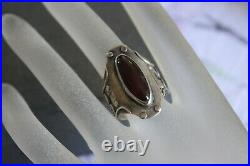 Vintage Southwestern Tribal Sterling Silver Red Cherry Amber Mens Ring sz 8 3/4